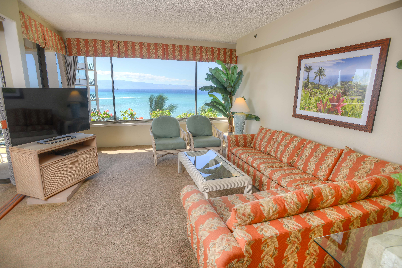 Sands of Kahana Renovated Living Room