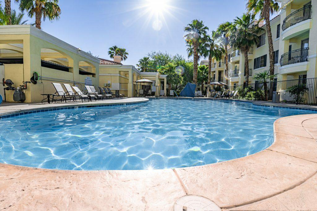 Club de Soleil Las Vegas discount getaway
